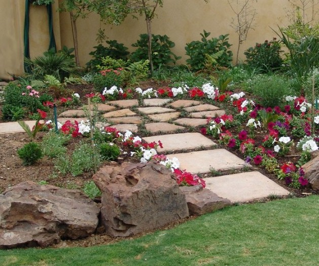 Garden circles - paving